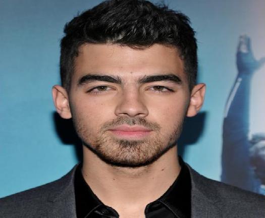 How Old Is Joe Jonas?