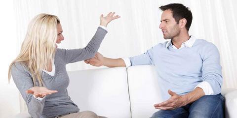 رابطه شما با پول فاجعه بار است.