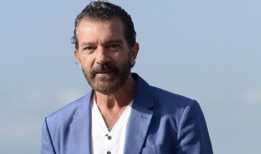 What Do You Know About Antonio Banderas?