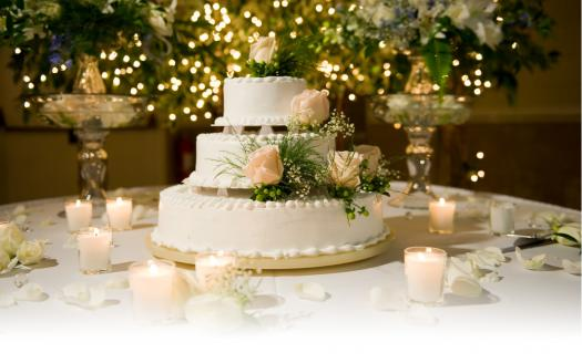 Which Style Of Wedding Cake Should You Choose?