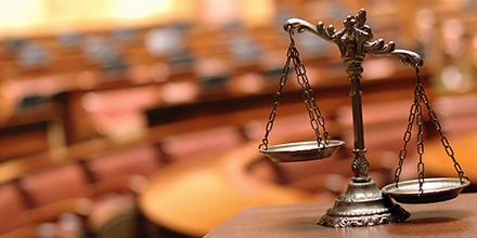 Reducing Risk for Medical Malpractice: A Defense Attorney's Perspective (Physician Version)