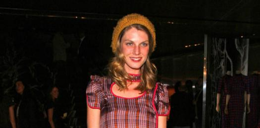 How Popular Is Angela Lindvall?
