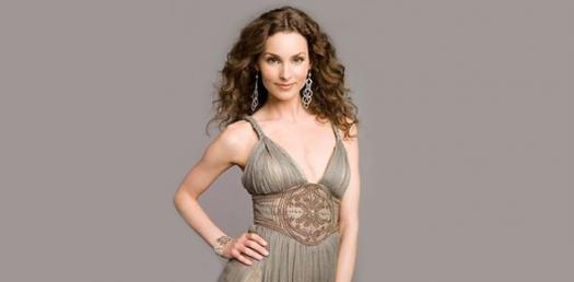 How Acquainted Are You With Alicia Minshew?