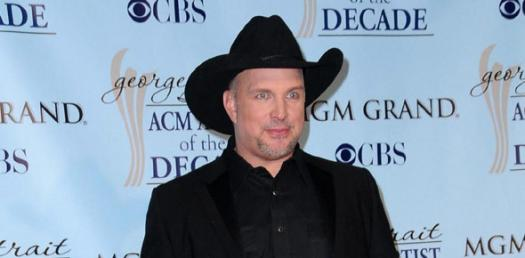Test Your Knowledge On Popular Garth Brooks Songs!