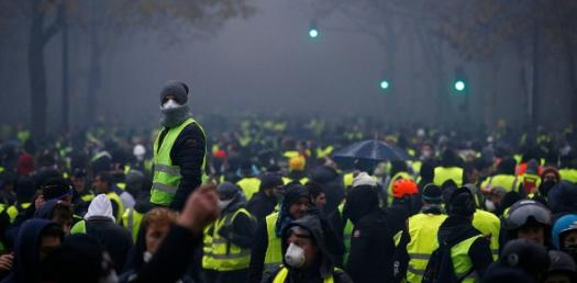 Test Your Knowledge About Yellow Vest Riots!