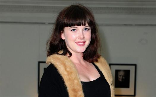 How Well Do You Know Alexandra Roach ?