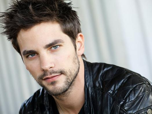 How Well Do You Know Brant Daugherty ?