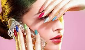 What Color Should I Paint My Nails? (Personality Quiz For Girls)