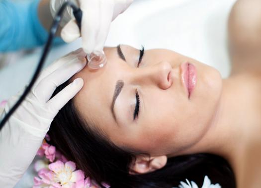 Facial Electrotherapy Using Vacuum Suction