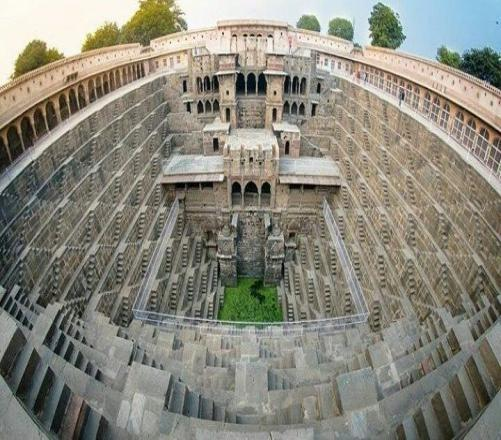 What Do You Know About The Chand Baori Stepwell?