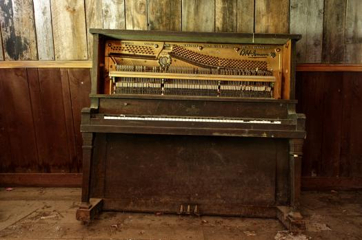 How Well Do You Know Saloon Pianos?