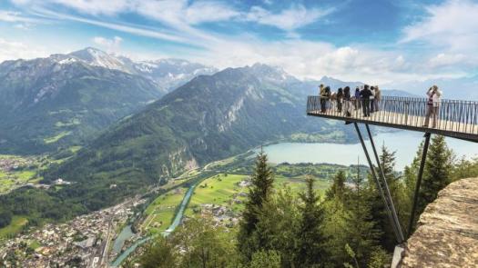 Switzerland: A Perfect Destination For Honeymoon!