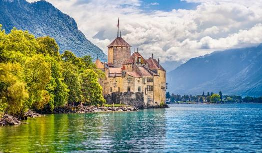 Switzerland Quiz: Home To Numerous Lake!