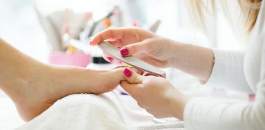 Bai Hoc Manicure 1: 15-26