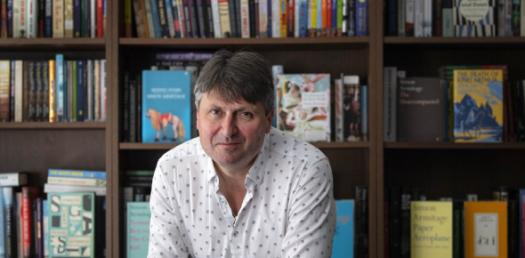 Give By Simon Armitage Poetry Trivia Questions Quiz