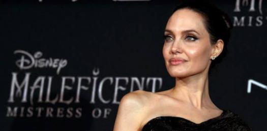The Ultimate Angelina Jolie Trivia Quiz!