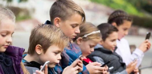 Quiz: Social Media Impact On Students!