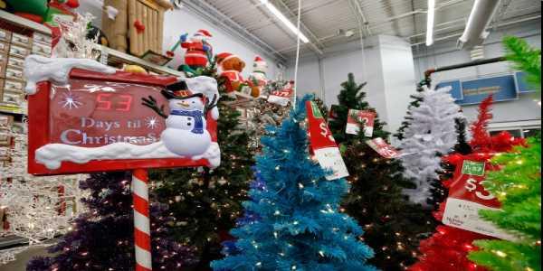 Will Walmart be on open on Christmas?