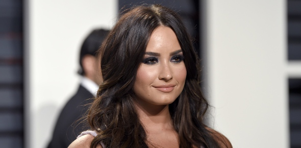 Demi was on drugs and may currently be still. She particularly liked doing cocaine. She said she