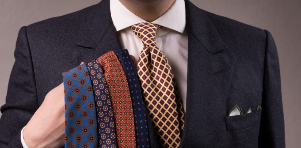 Men are supposed to know how to tie ties, but not all of them are aware of the proper ways to do