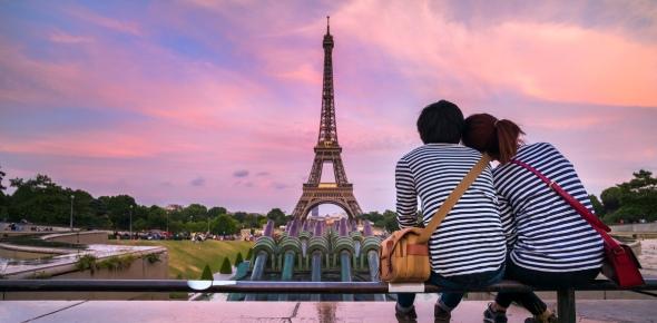 Paris has been a famous destination city for tourists for centuries. It has a lot to offer -