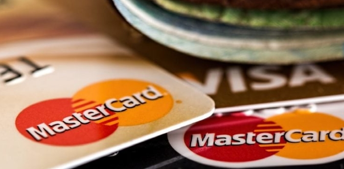 Although Maestro and MasterCard belong to the same company, one of the major differences between