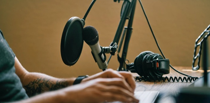 Over the years, the popularity of podcasts has continued to grow. Almost everyone knows it is