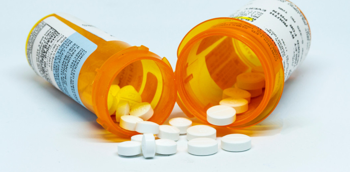 Oxycodone and hydrocodone are narcotic drugs for pain-reliever. They are used to help people manage