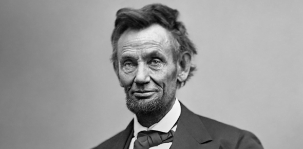 How popular was Lincoln with other politicians?