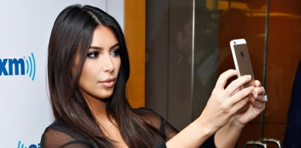Which of Kim's selfie was more iconic?