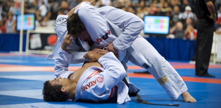 Some people may assume that Jiu-Jitsu and Brazilian Jiu-Jitsu are the same, but there are some