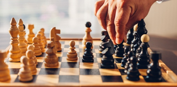 Is it true that all mathematicians are good at chess?