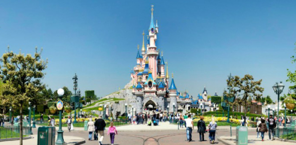Why is Disneyland so popular?