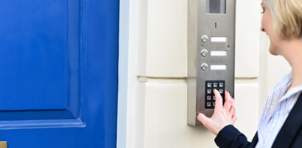 What are the characteristics of an effective security system?