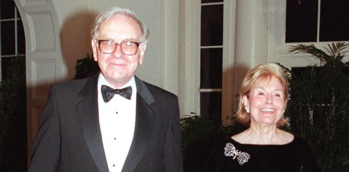 The correct answer to this question is Susan Thompson Buffet. Her and Warren Buffet remained