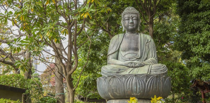 Although many similarities have been noted between Buddhism and Jainism, there are some differences