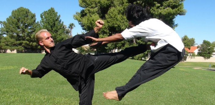 Most times, people find it difficult to differentiate between Kung Fu and karate, this is because,