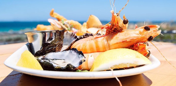 Seafood can be many different types of food. Fish that is caught from the sea is very popular like
