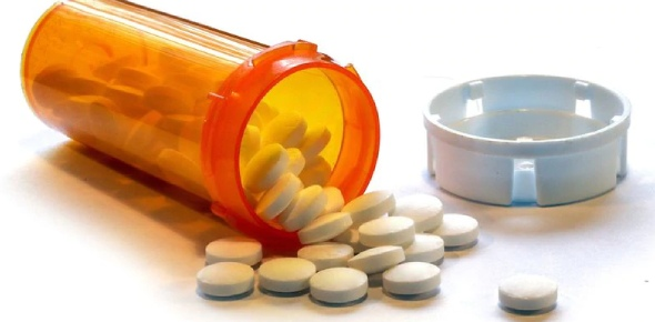 There are a large number of painkillers that can be bought without a doctor's prescription.