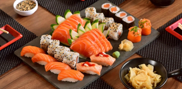 Sushi and sashimi are two examples of dishes that are commonly served in Japan. Aside from the