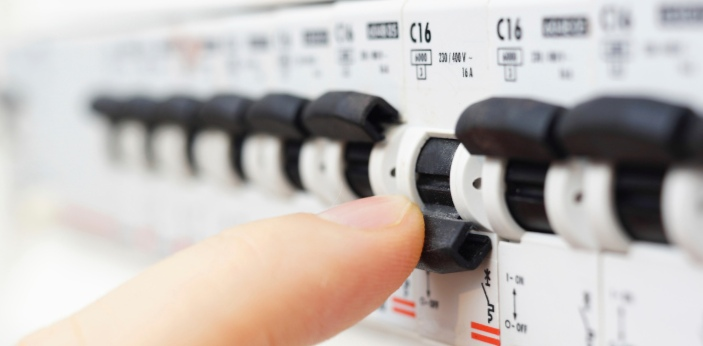 Relays and circuit breakers are devices used to stop currents flowing through circuits. The main