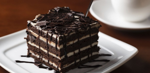 The word dessert has come to mean a refreshment served after a meal. For this reason, the meal