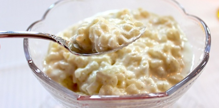 Tapioca and rice pudding are two great sources of carbohydrates, but there are some differences