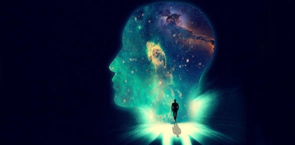 How does lucid dreaming differ from normal dreaming?