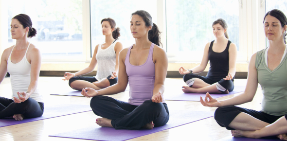There are quite a lot of health benefits of yoga. Firstly and most importantly, yoga helps in
