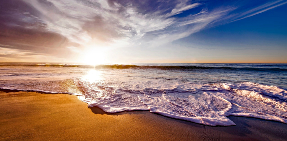 An awe-inspiring stretch of sea is an ocean, and in particular, each of the major oceans is seas