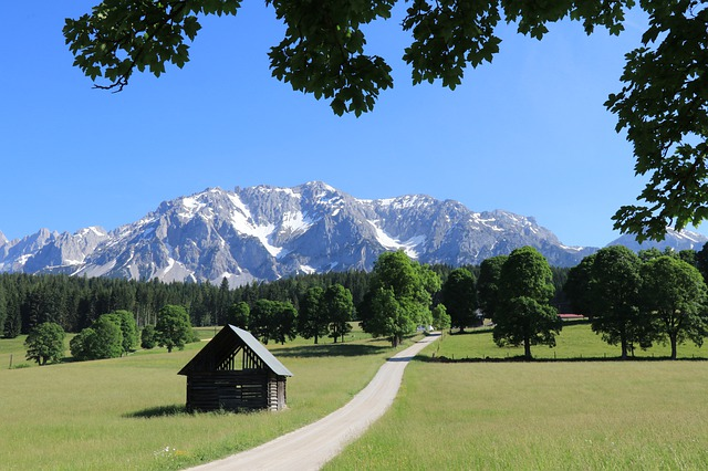 In order to get the most out of your visit to Austria, you should decide when to visit Austria.